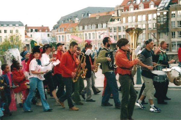 2004-QuaiDuWault